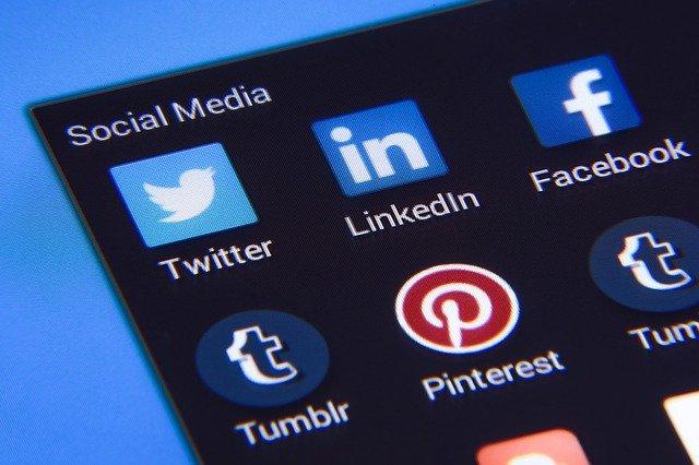tarif réseaux sociaux