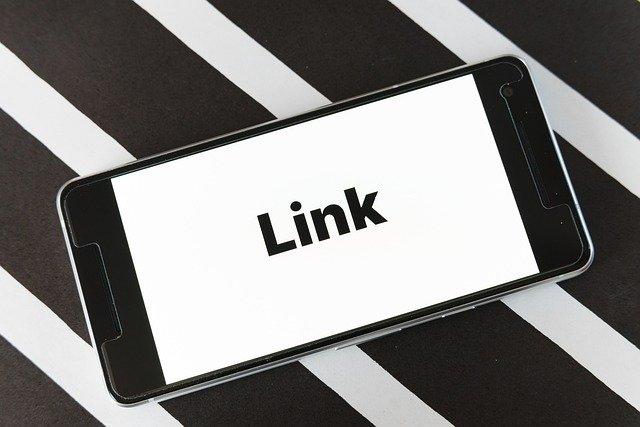 smartphone avec marqué dessus link